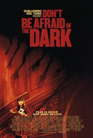 Dont_be_afraid_of_the_dark_poster