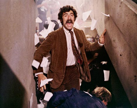Elliot Gould in Getting Straight