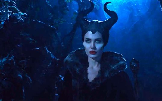 Angelina-Jolie-as-Maleficent