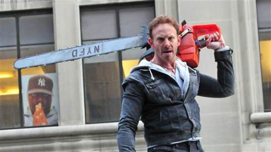 IZ in Sharknado 2