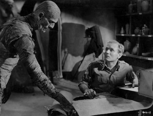 The Mummy (1932, directed by Karl Freund)