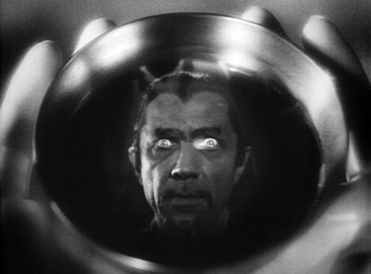 White Zombie (1932, directed by Vincent Halperin)