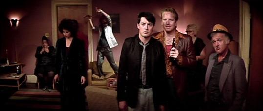 Blue Velvet (1986, directed by David Lynch)