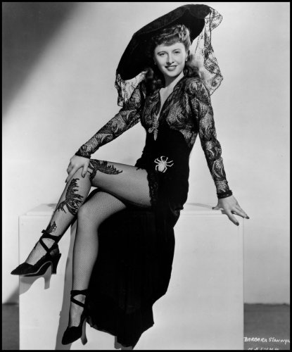 barbara_stanwyck_001_lady_of_burlesque