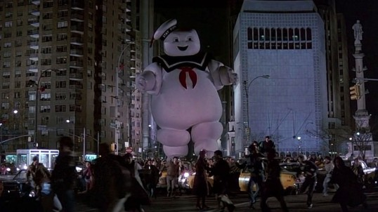 Stay-Puft-Marshmallow-Man-Attacks-New-York-City-Ghostbusters