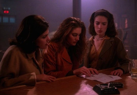 Twin Peaks - Girls at the Bar